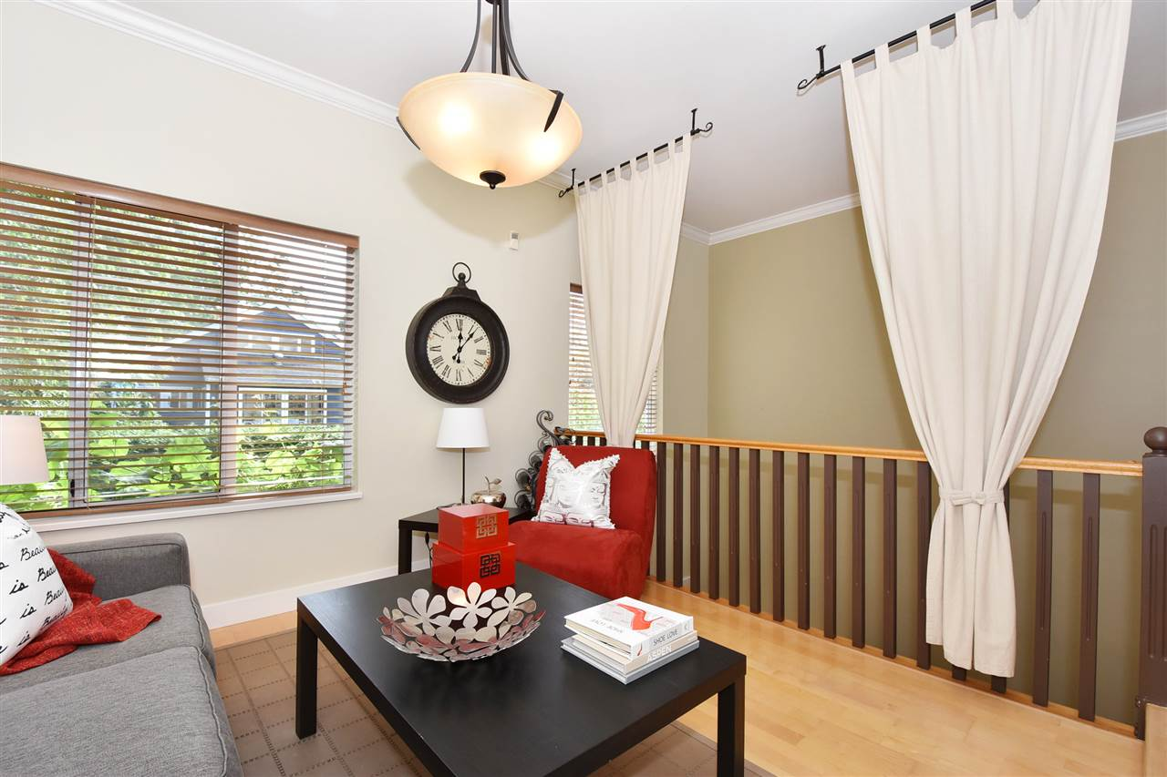 Townhouse at 2340 W 6TH AVENUE, Vancouver West, British Columbia. Image 10