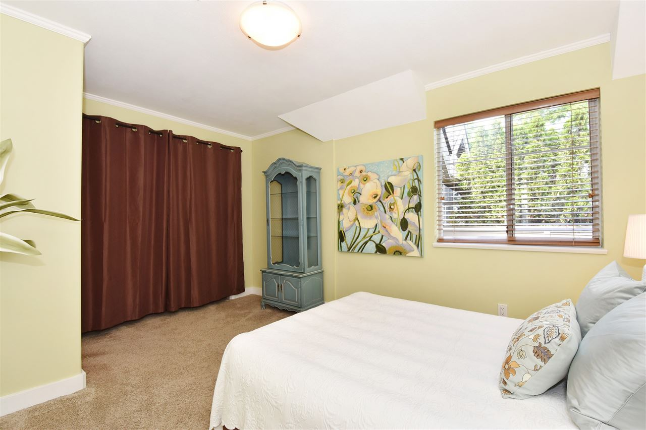 Townhouse at 2340 W 6TH AVENUE, Vancouver West, British Columbia. Image 14
