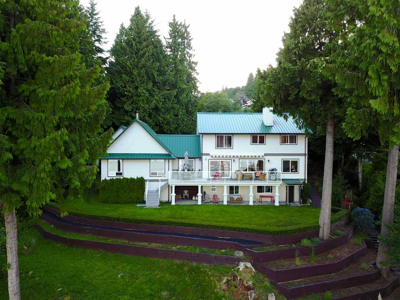 Detached at 1466 SMITH ROAD, Sunshine Coast, British Columbia. Image 3