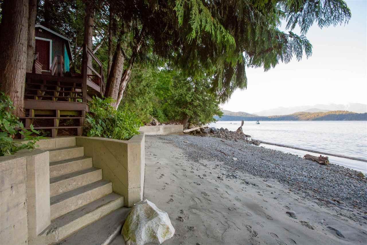 Detached at 1466 SMITH ROAD, Sunshine Coast, British Columbia. Image 20