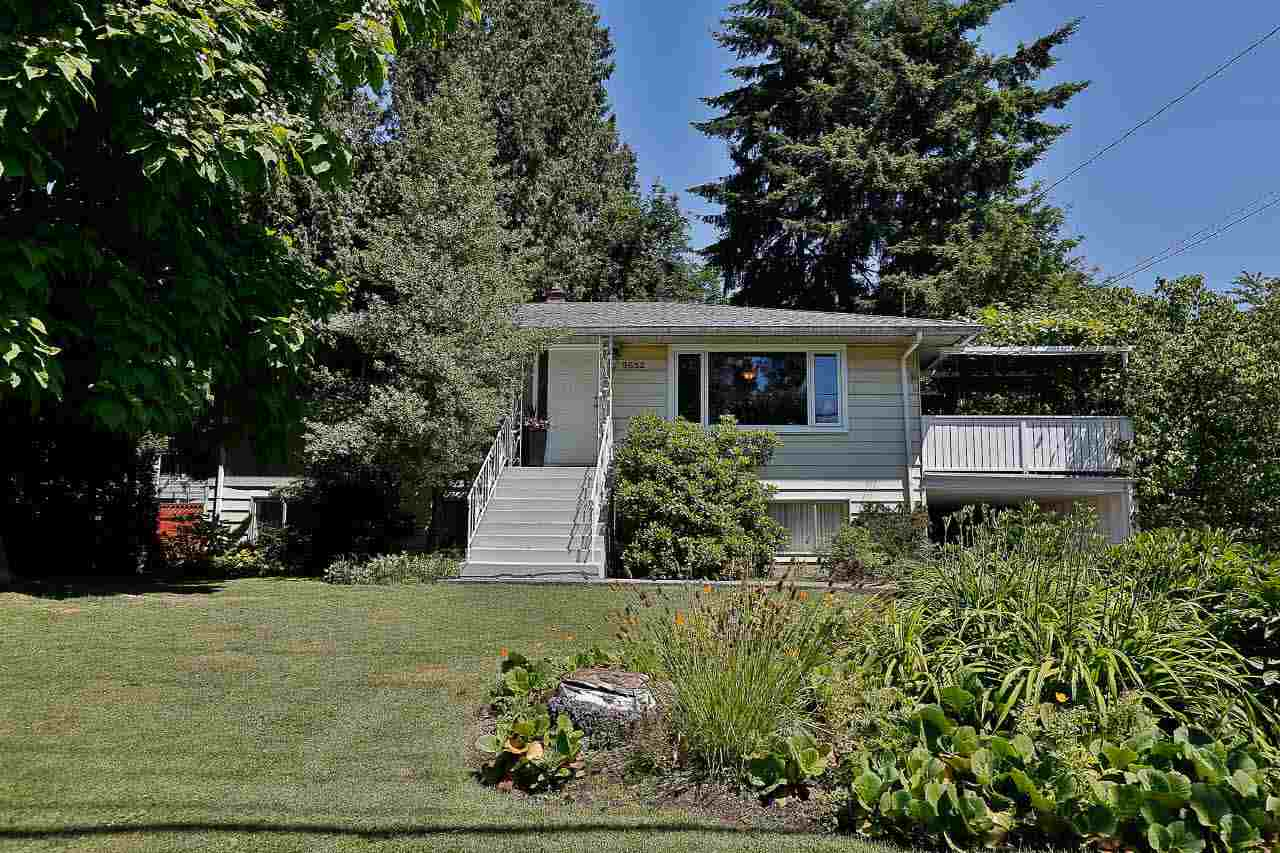 Detached at 9652 123 STREET, North Surrey, British Columbia. Image 1