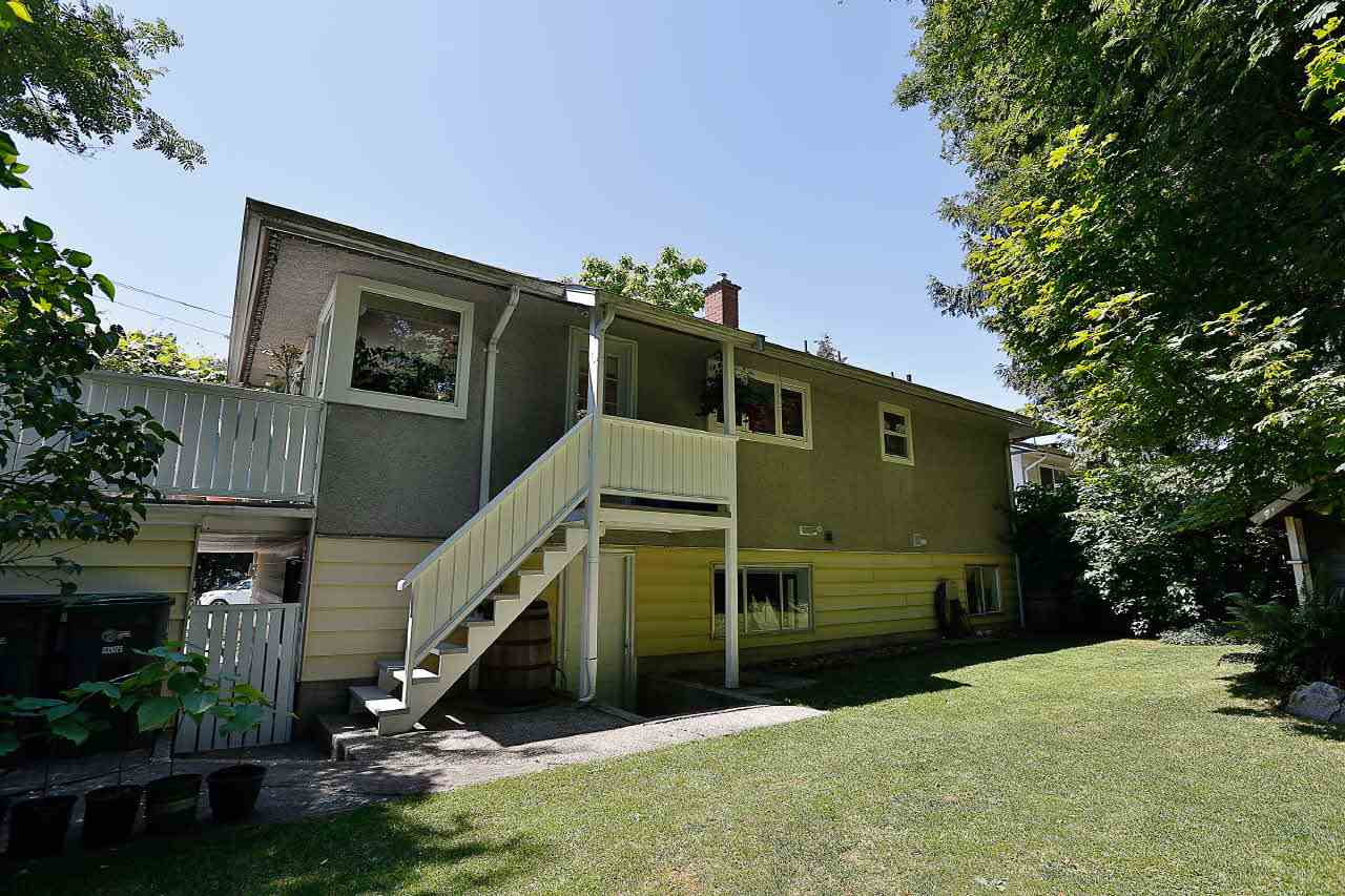 Detached at 9652 123 STREET, North Surrey, British Columbia. Image 20