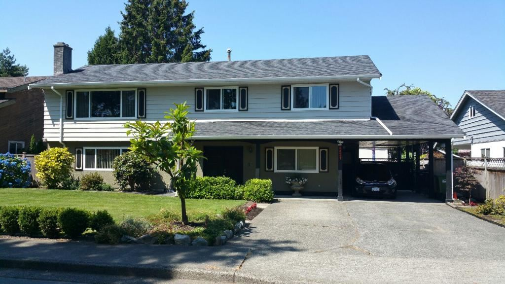 Detached at 9631 GILBERT CRESCENT, Richmond, British Columbia. Image 2
