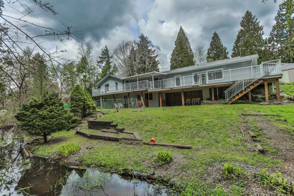 Detached at 26022 60 AVENUE, Langley, British Columbia. Image 2