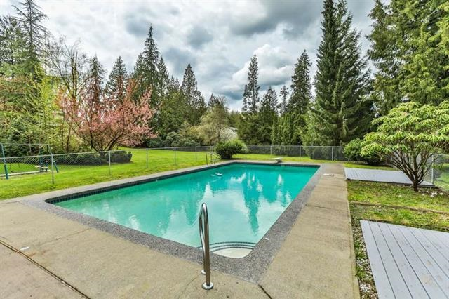 Detached at 26022 60 AVENUE, Langley, British Columbia. Image 3