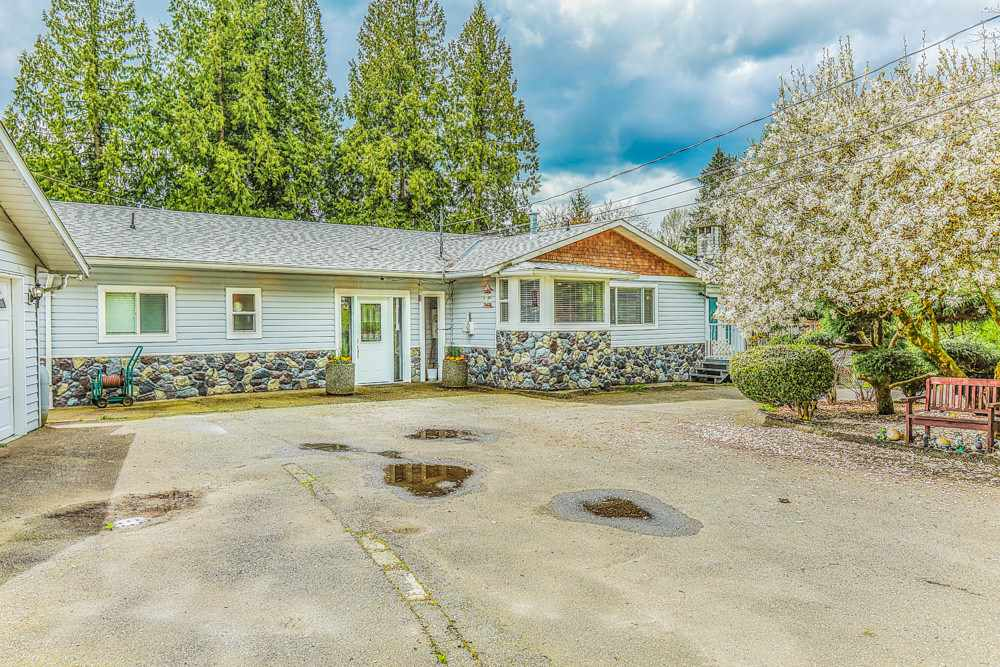 Detached at 26022 60 AVENUE, Langley, British Columbia. Image 5