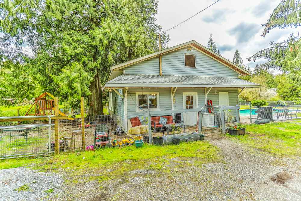 Detached at 26022 60 AVENUE, Langley, British Columbia. Image 18
