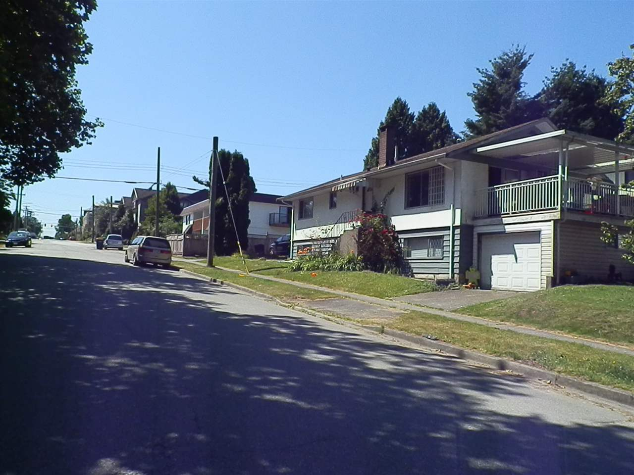 Detached at 3055 SMITH AVENUE, Burnaby North, British Columbia. Image 3