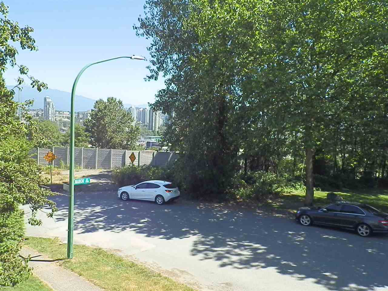 Detached at 3055 SMITH AVENUE, Burnaby North, British Columbia. Image 4