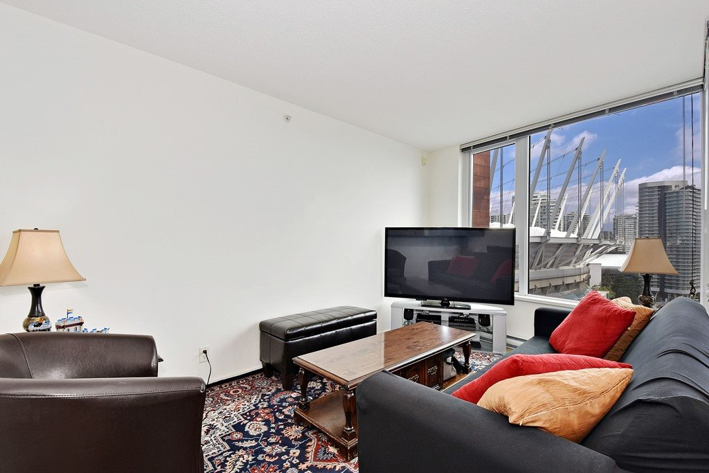 Condo Apartment at 2001 33 SMITHE STREET, Unit 2001, Vancouver West, British Columbia. Image 3