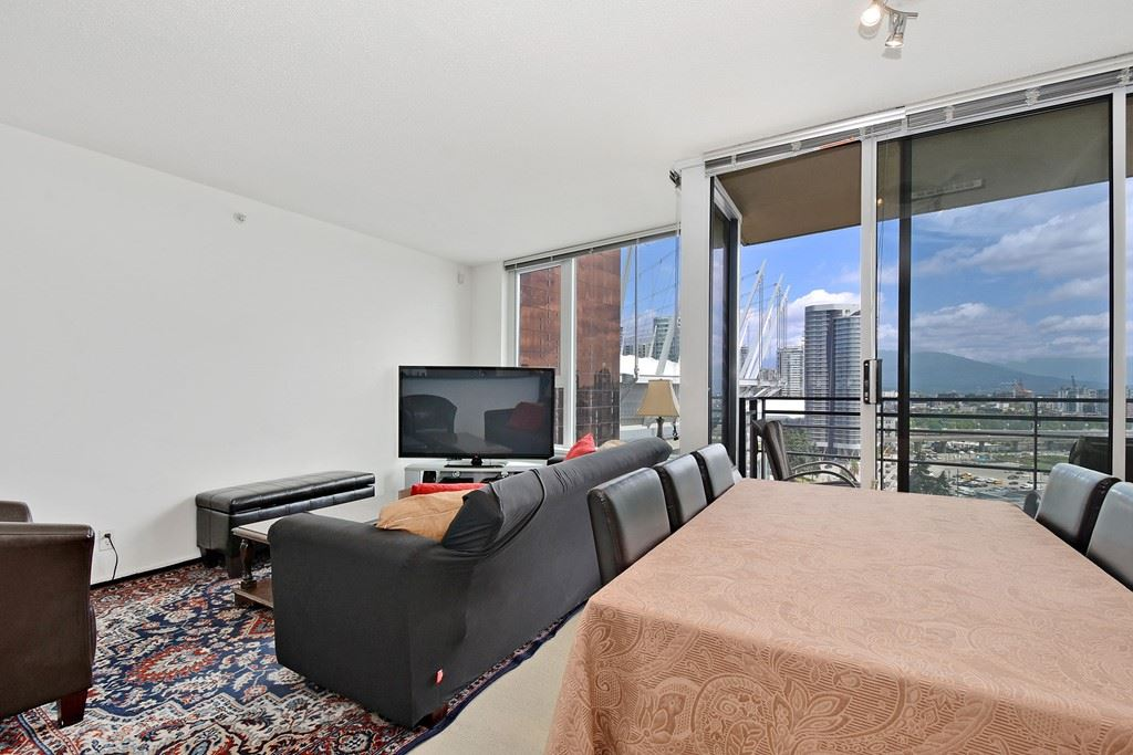Condo Apartment at 2001 33 SMITHE STREET, Unit 2001, Vancouver West, British Columbia. Image 4