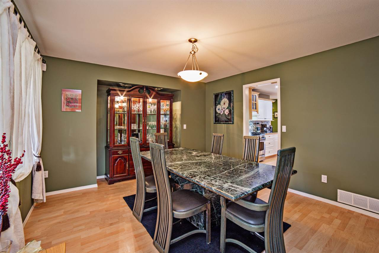 Detached at 8056 GUEST TERRACE, Mission, British Columbia. Image 3