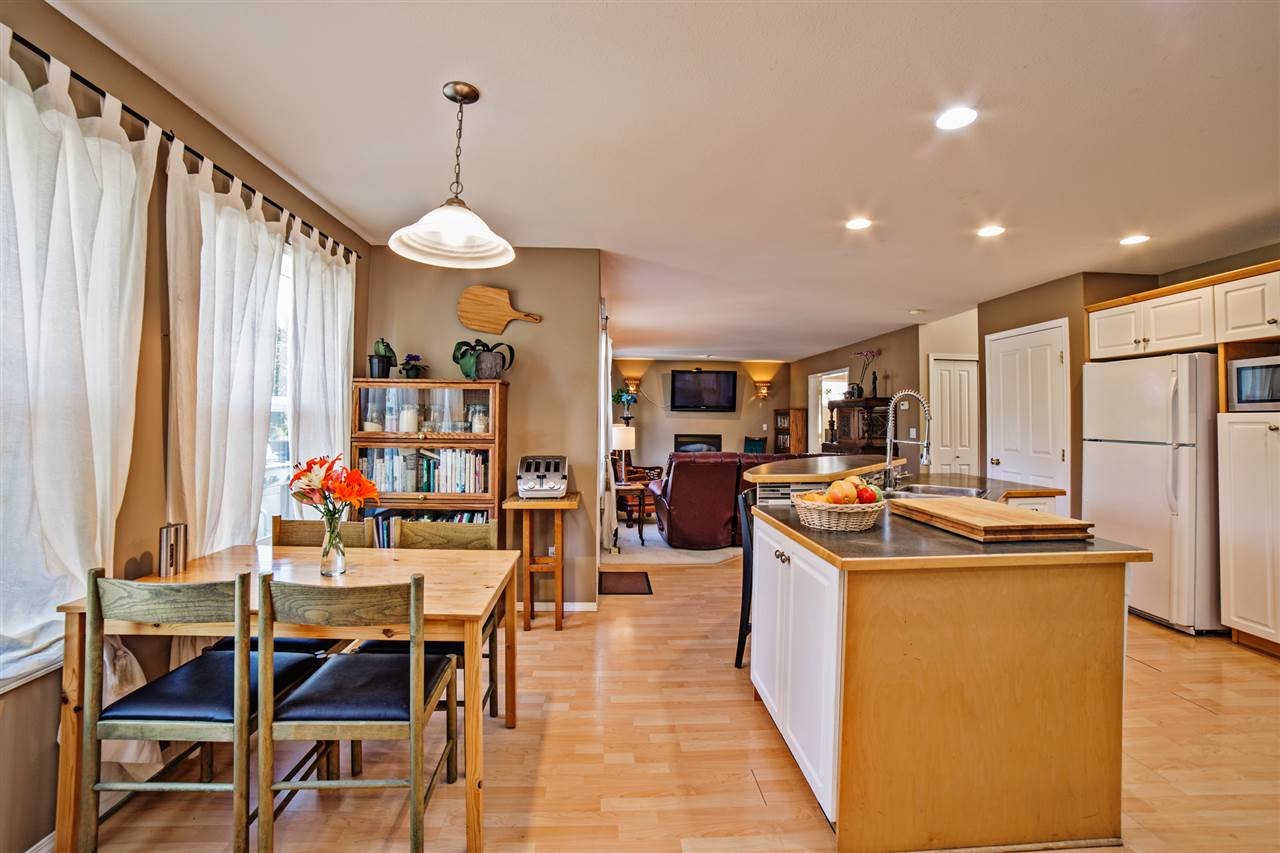Detached at 8056 GUEST TERRACE, Mission, British Columbia. Image 8