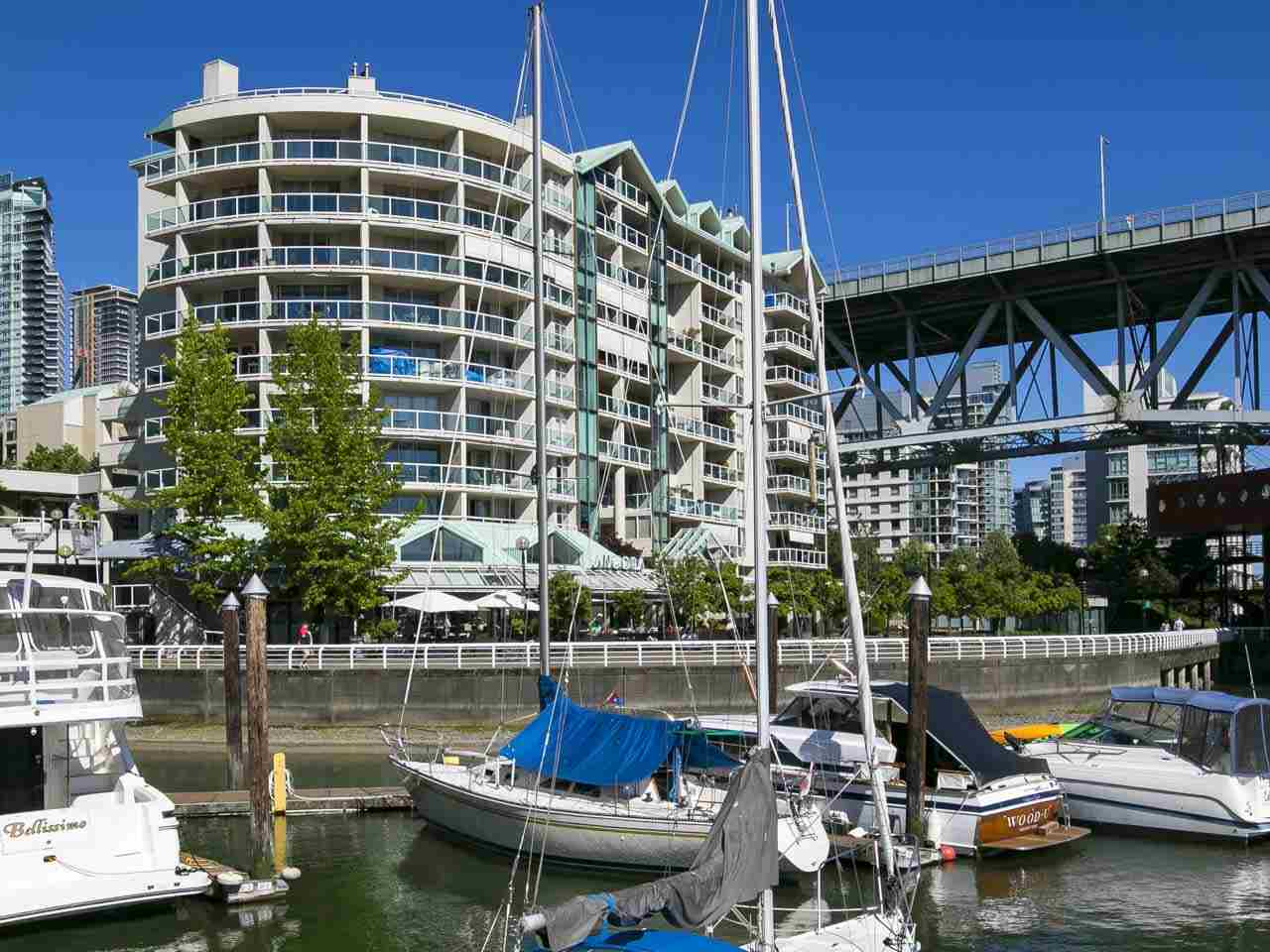 Condo Apartment at 802 1600 HOWE STREET, Unit 802, Vancouver West, British Columbia. Image 2
