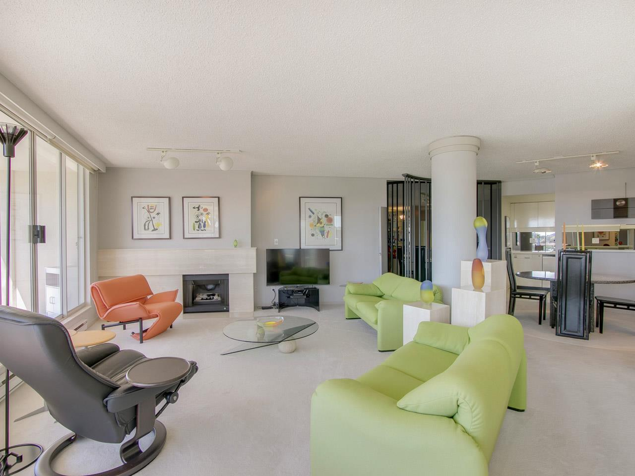 Condo Apartment at 802 1600 HOWE STREET, Unit 802, Vancouver West, British Columbia. Image 5