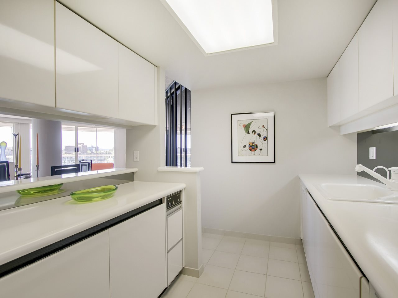 Condo Apartment at 802 1600 HOWE STREET, Unit 802, Vancouver West, British Columbia. Image 8