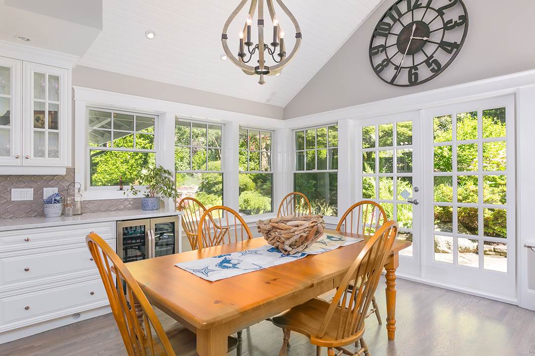 Detached at 2688 CRESCENT DRIVE, South Surrey White Rock, British Columbia. Image 7
