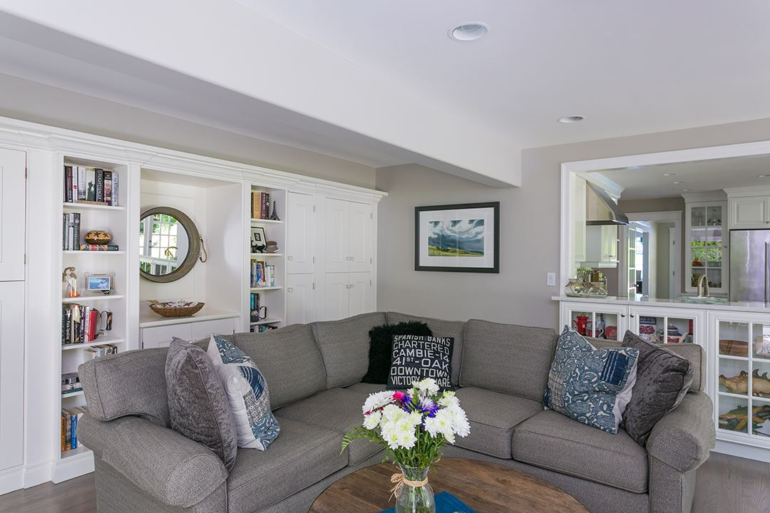 Detached at 2688 CRESCENT DRIVE, South Surrey White Rock, British Columbia. Image 9