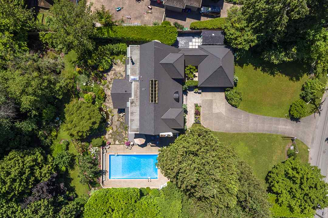 Detached at 2688 CRESCENT DRIVE, South Surrey White Rock, British Columbia. Image 19
