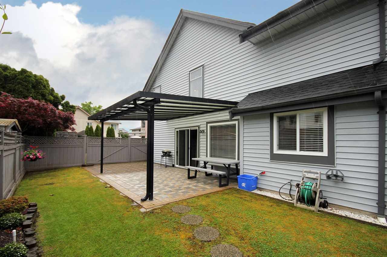 Detached at 4271 SHACKLETON GATE, Richmond, British Columbia. Image 17