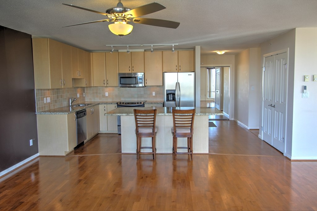 Condo Apartment at 1803 720 HAMILTON STREET, Unit 1803, New Westminster, British Columbia. Image 2