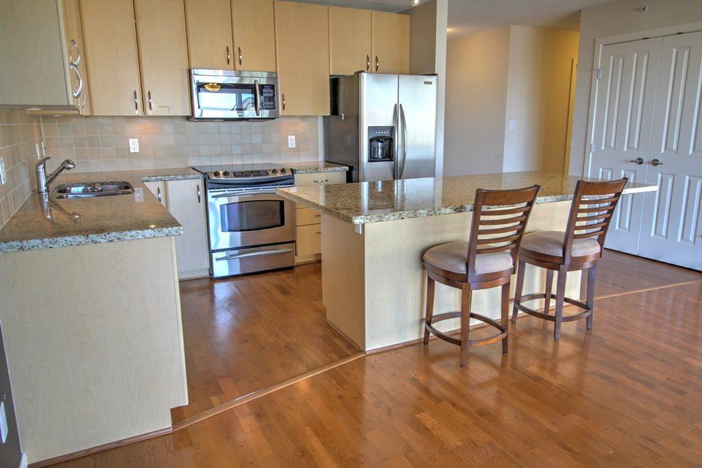 Condo Apartment at 1803 720 HAMILTON STREET, Unit 1803, New Westminster, British Columbia. Image 3