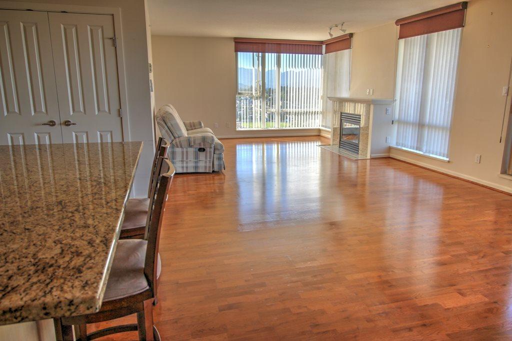 Condo Apartment at 1803 720 HAMILTON STREET, Unit 1803, New Westminster, British Columbia. Image 9