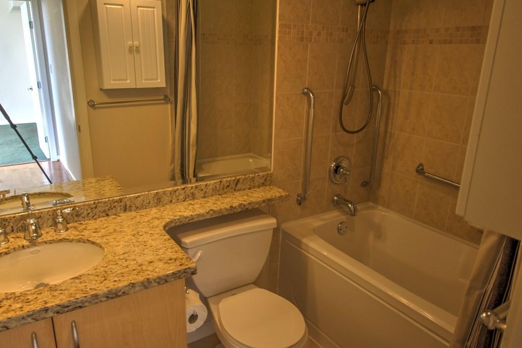 Condo Apartment at 1803 720 HAMILTON STREET, Unit 1803, New Westminster, British Columbia. Image 13