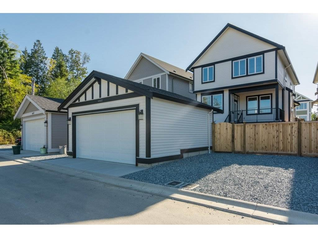 Detached at 4401 STEPHEN LEACOCK DRIVE, Abbotsford, British Columbia. Image 20