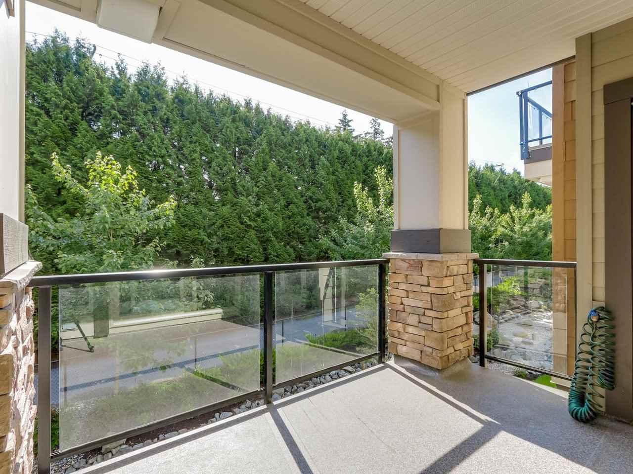 Condo Apartment at 206 15185 36 AVENUE, Unit 206, South Surrey White Rock, British Columbia. Image 12