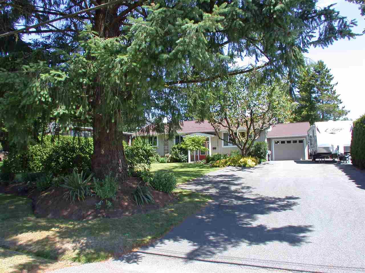 Detached at 12040 206 STREET, Maple Ridge, British Columbia. Image 2