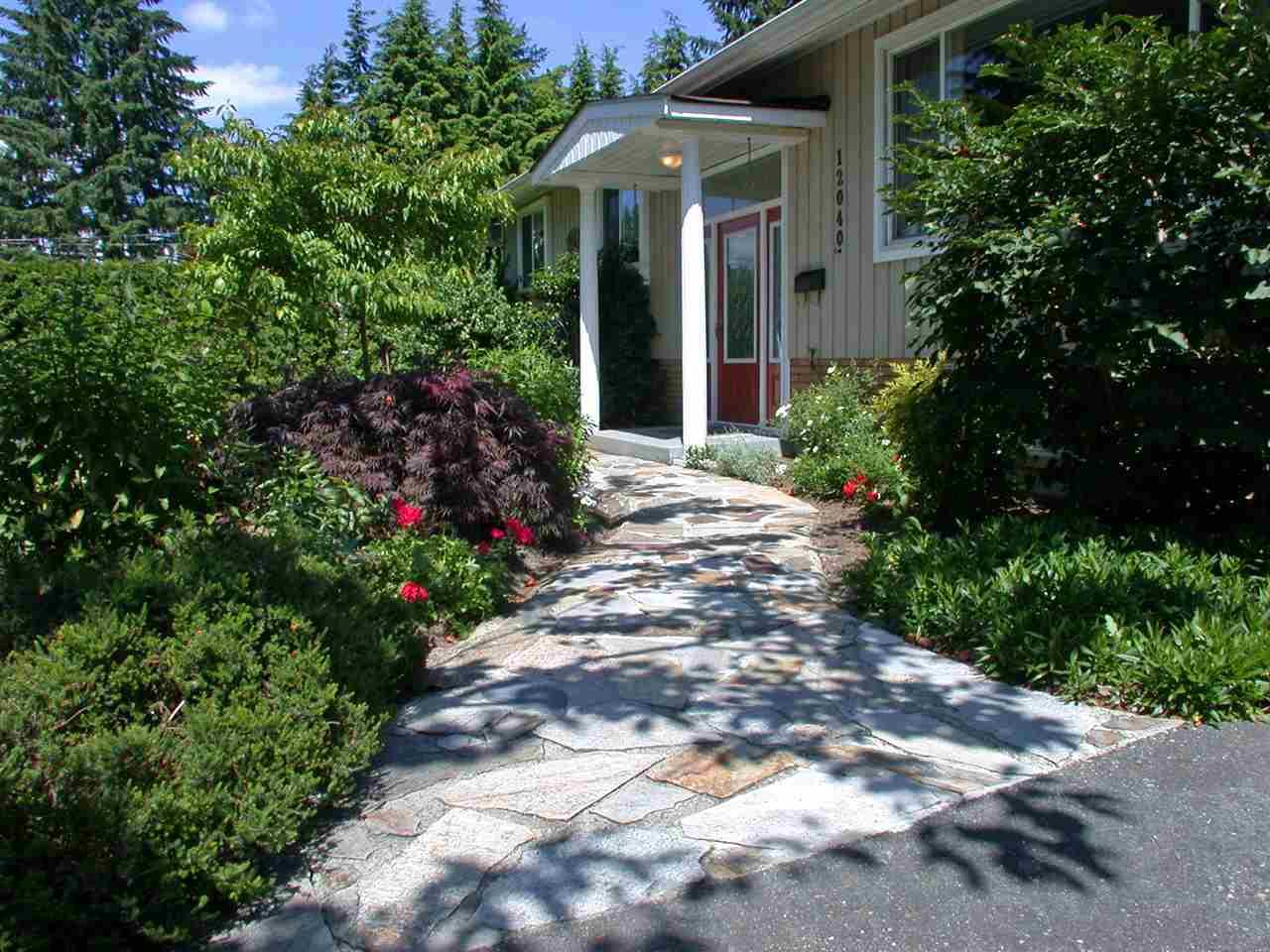 Detached at 12040 206 STREET, Maple Ridge, British Columbia. Image 3