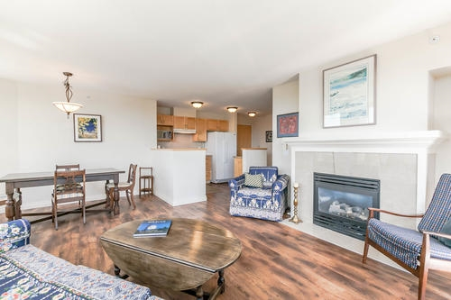 Condo Apartment at 1103 1570 W 7TH AVENUE, Unit 1103, Vancouver West, British Columbia. Image 3