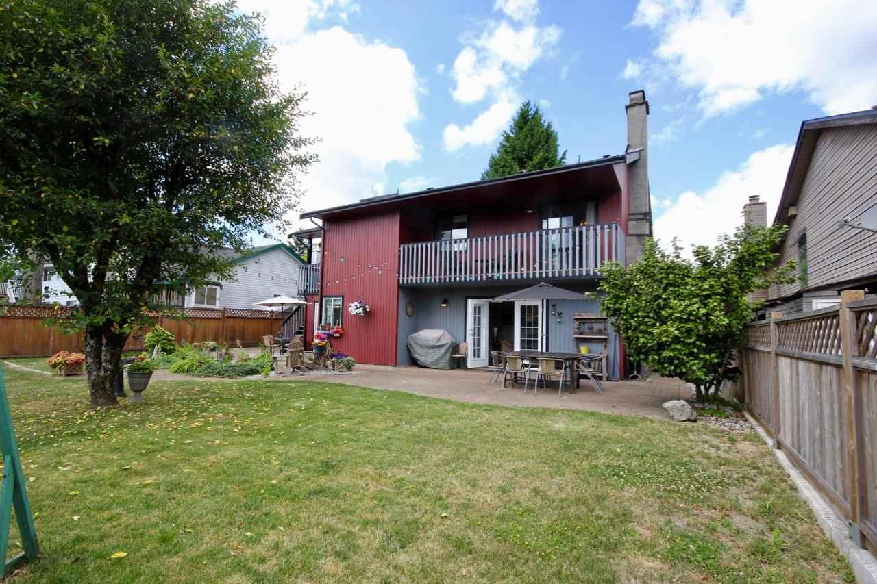 Detached at 9832 158A STREET, North Surrey, British Columbia. Image 15