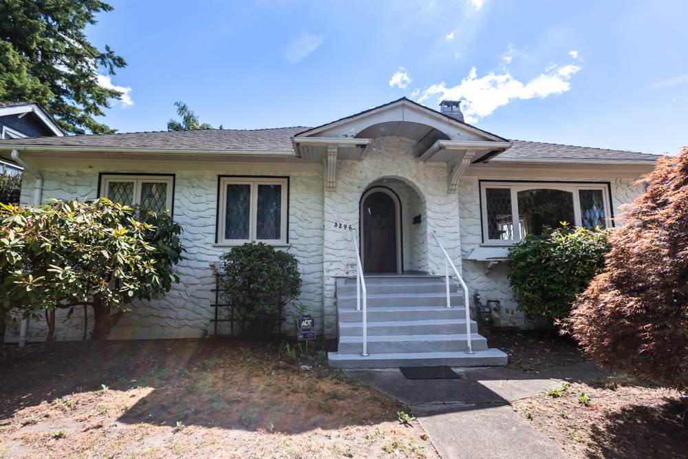 Detached at 3296 W 37TH AVENUE, Vancouver West, British Columbia. Image 1