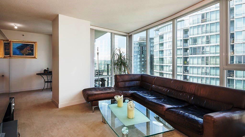 Condo Apartment at 3006 1438 RICHARDS STREET, Unit 3006, Vancouver West, British Columbia. Image 3