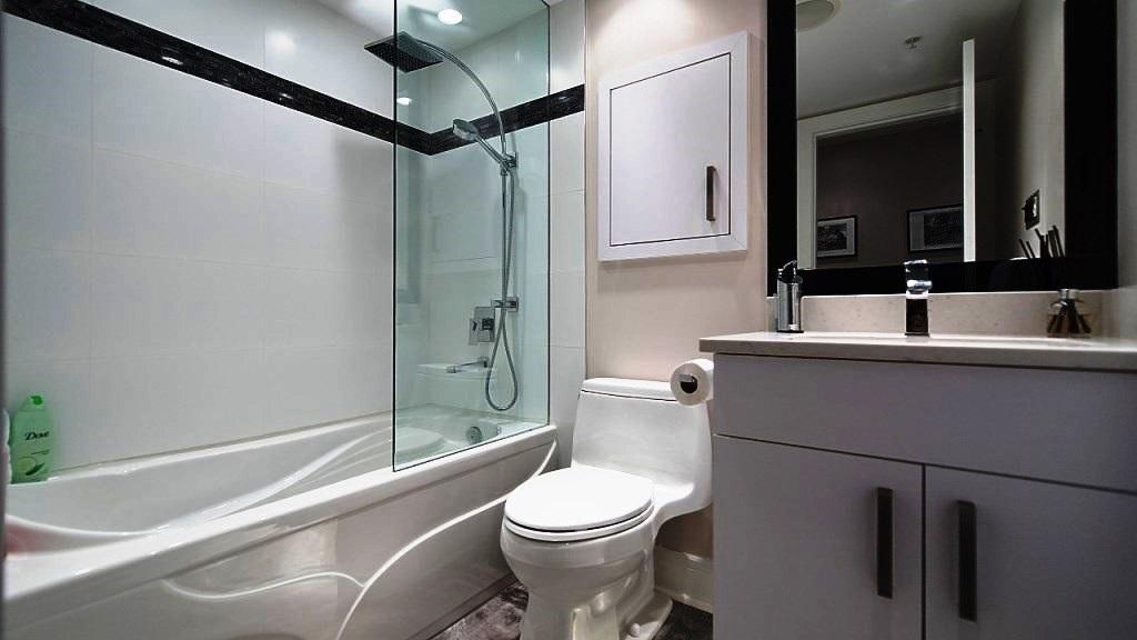 Condo Apartment at 3006 1438 RICHARDS STREET, Unit 3006, Vancouver West, British Columbia. Image 11