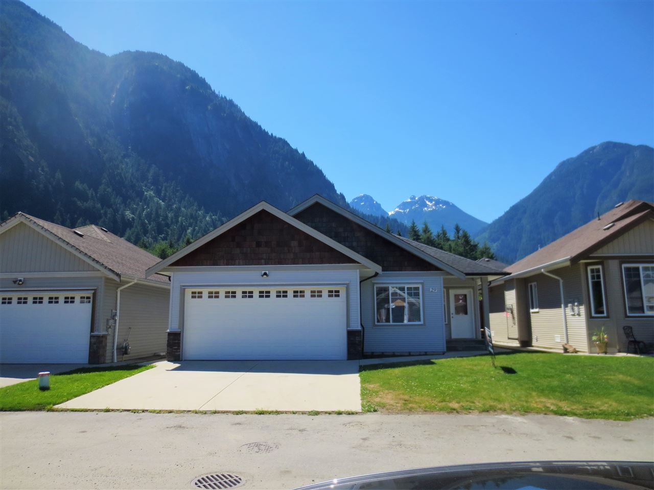 Detached at 29 20118 BEACON ROAD, Unit 29, Hope, British Columbia. Image 1