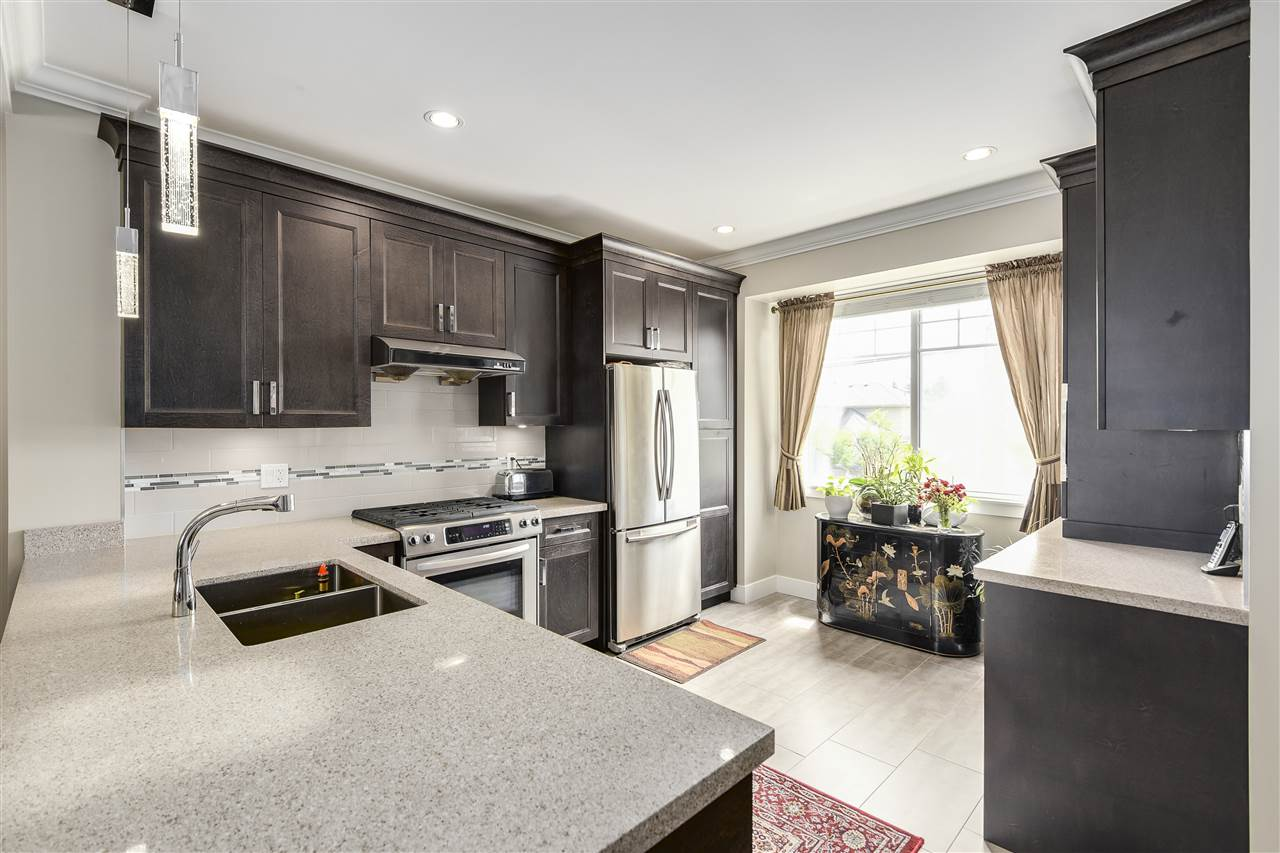 Townhouse at 11 9733 BLUNDELL ROAD, Unit 11, Richmond, British Columbia. Image 8