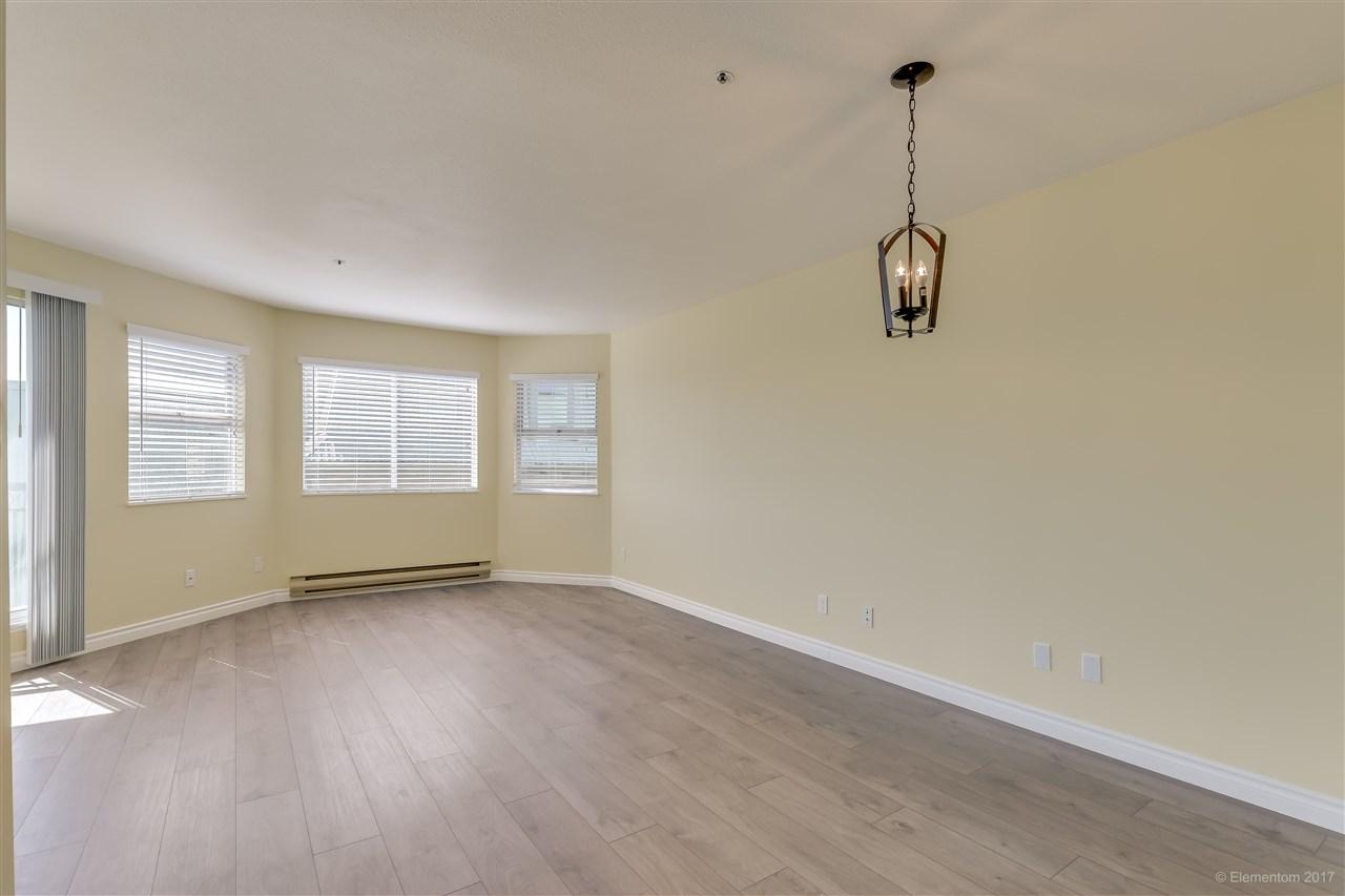 Condo Apartment at 301 918 RODERICK AVENUE, Unit 301, Coquitlam, British Columbia. Image 5