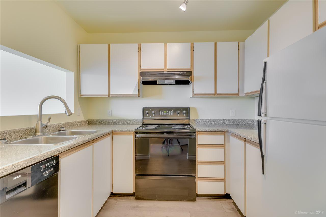 Condo Apartment at 301 918 RODERICK AVENUE, Unit 301, Coquitlam, British Columbia. Image 7