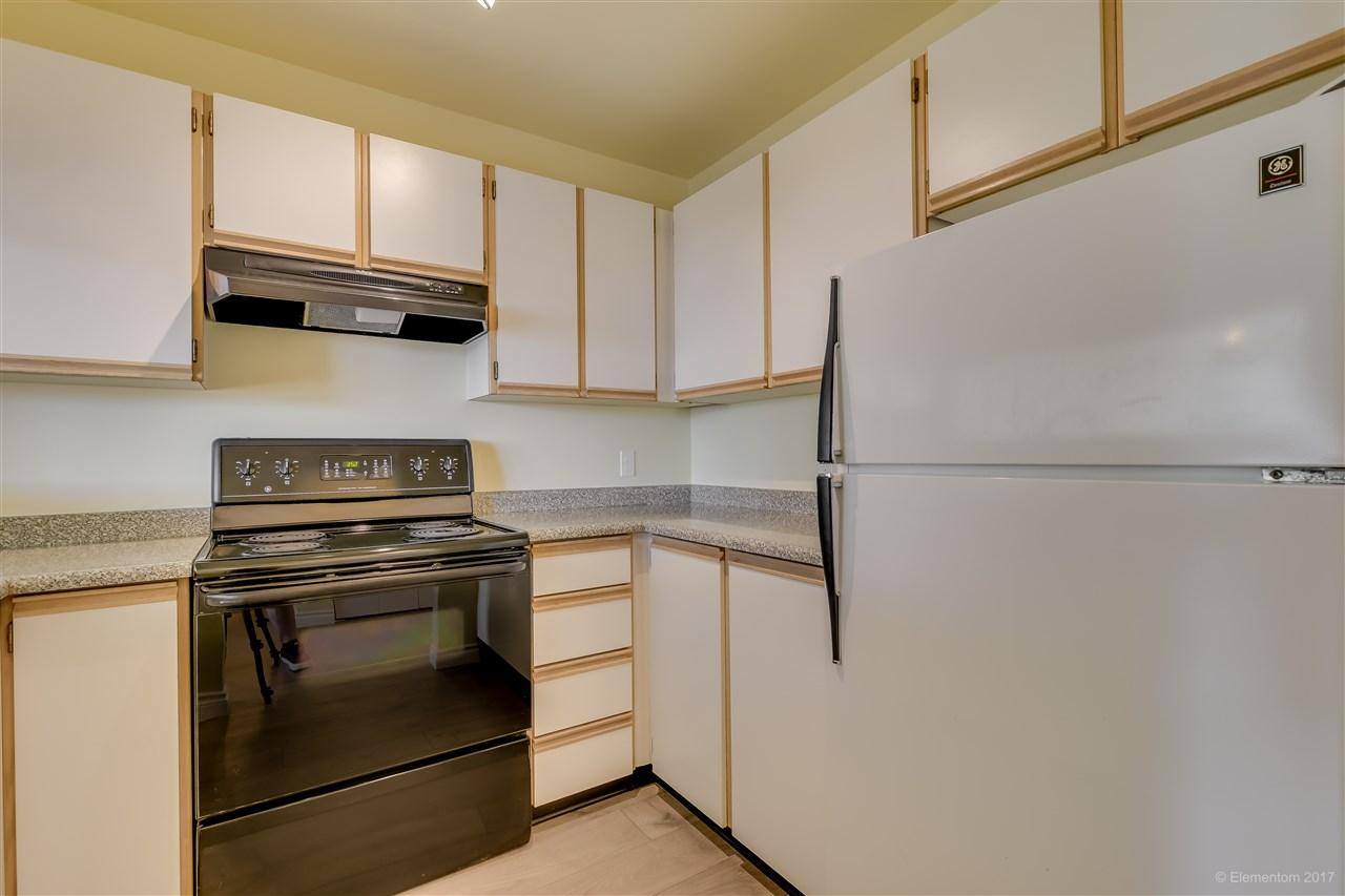 Condo Apartment at 301 918 RODERICK AVENUE, Unit 301, Coquitlam, British Columbia. Image 9