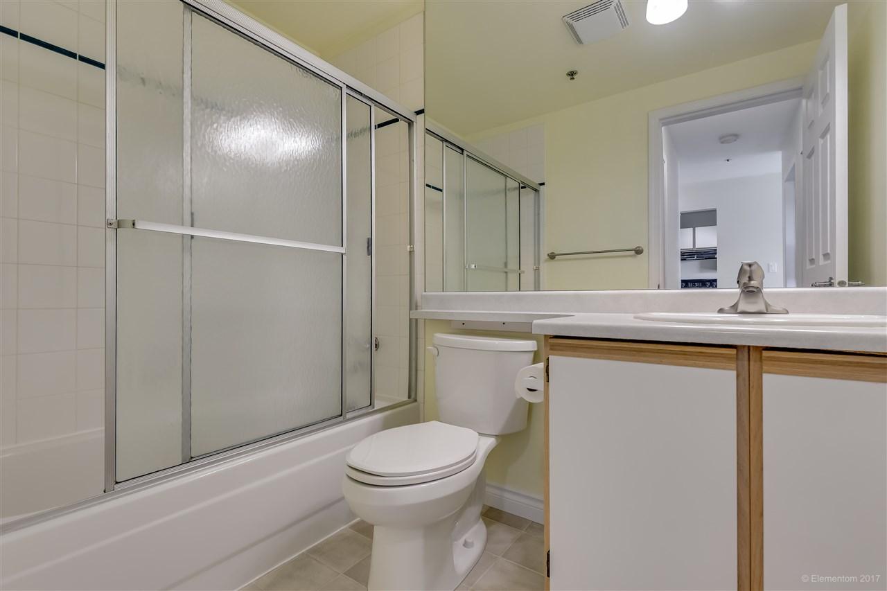 Condo Apartment at 301 918 RODERICK AVENUE, Unit 301, Coquitlam, British Columbia. Image 14