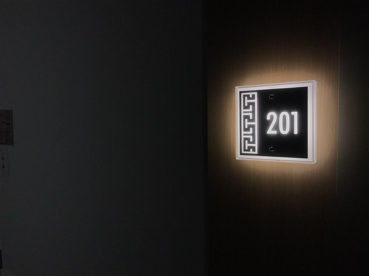 Condo Apartment at 201 505 W 30TH AVENUE, Unit 201, Vancouver West, British Columbia. Image 4
