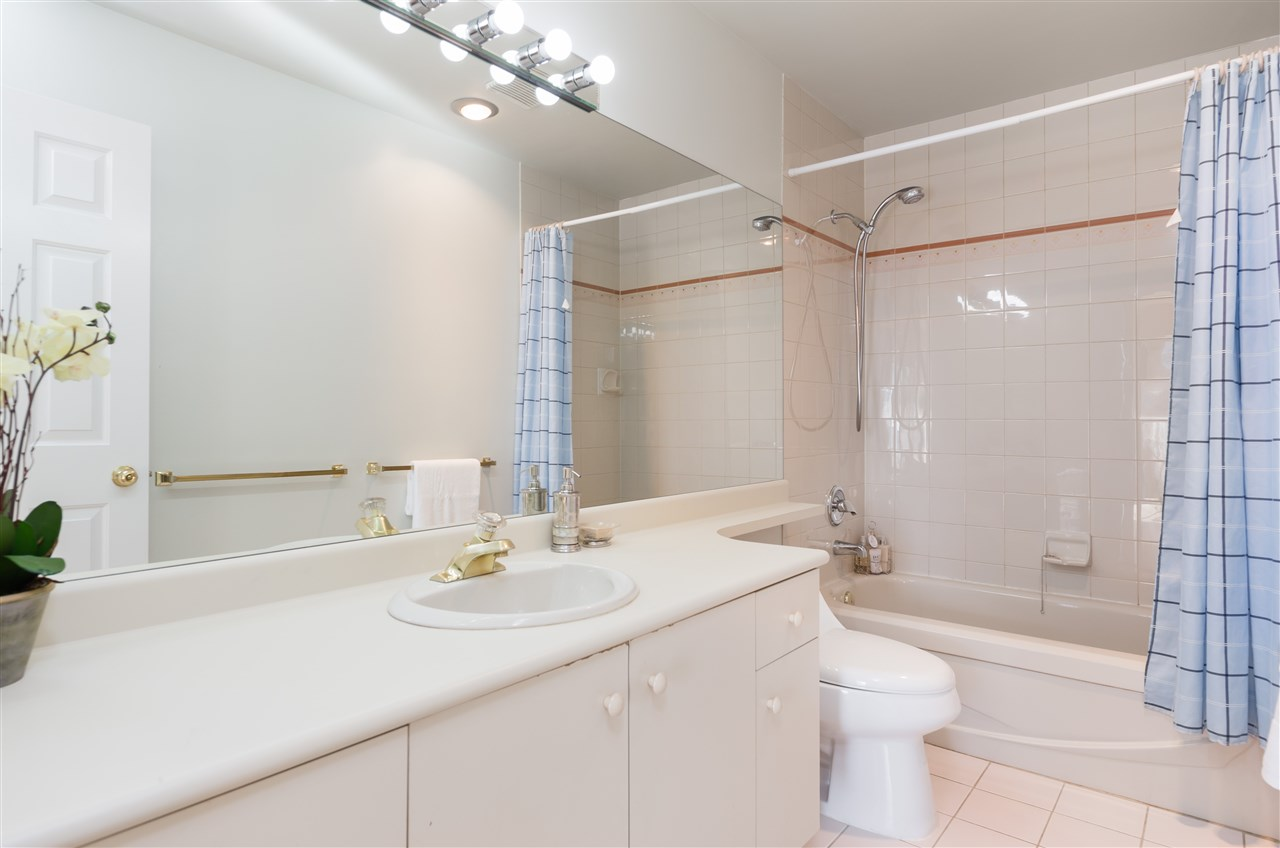 Condo Apartment at 1106 5885 OLIVE AVENUE, Unit 1106, Burnaby South, British Columbia. Image 12