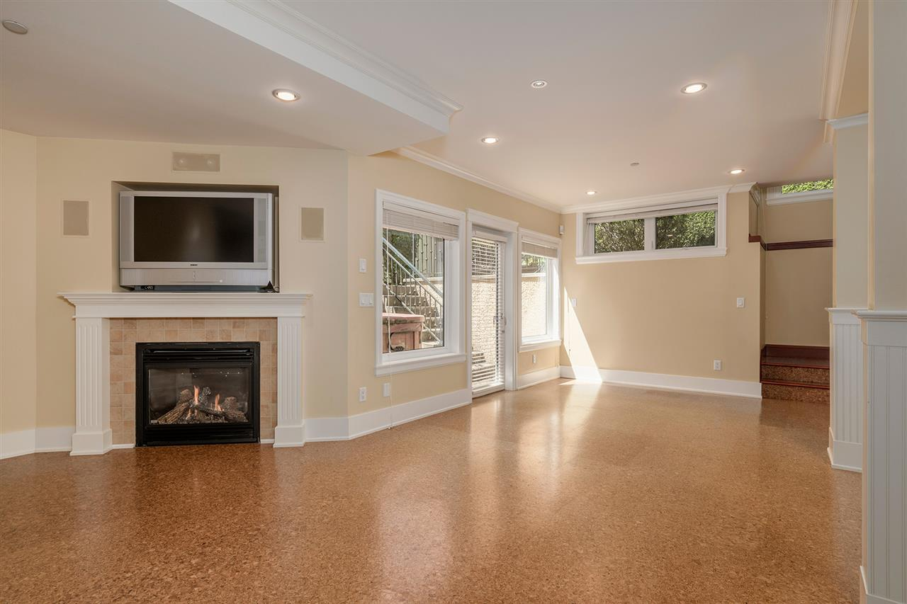 Detached at 5937 ADERA STREET, Vancouver West, British Columbia. Image 20