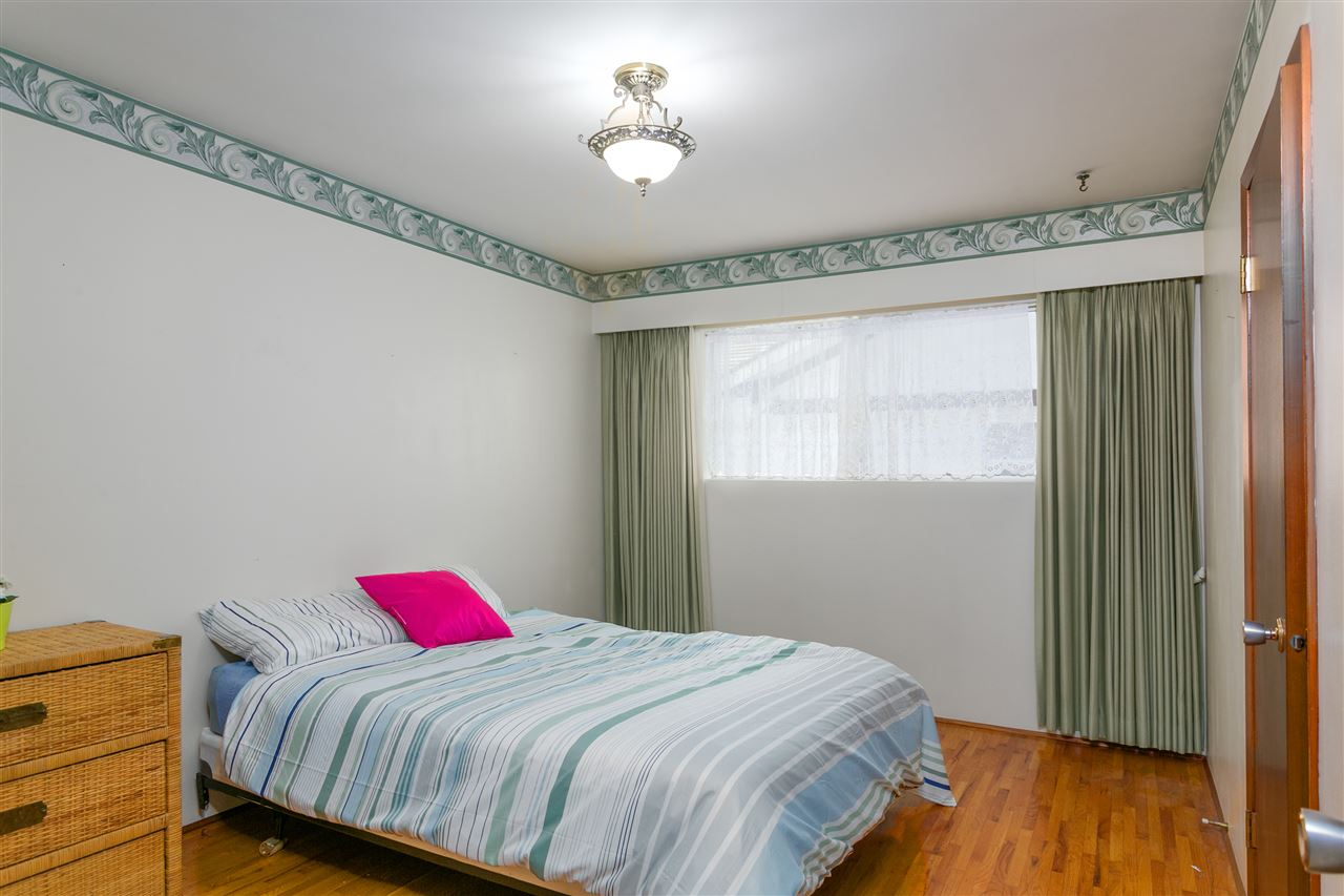 Detached at 2302 ROSEDALE DRIVE, Vancouver East, British Columbia. Image 12
