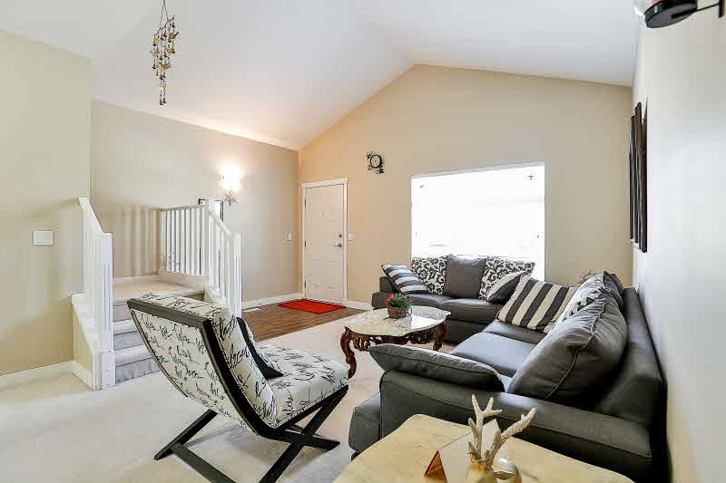 Detached at 6192 167B STREET, Cloverdale, British Columbia. Image 4