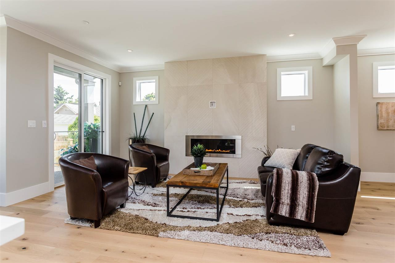 Detached at 3187 VENABLES STREET, Vancouver East, British Columbia. Image 5