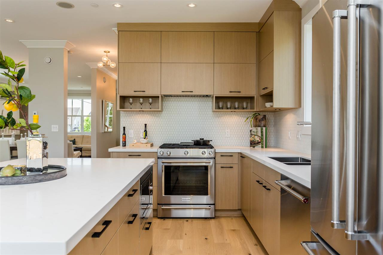 Detached at 3187 VENABLES STREET, Vancouver East, British Columbia. Image 7